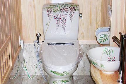 絵付けトイレ